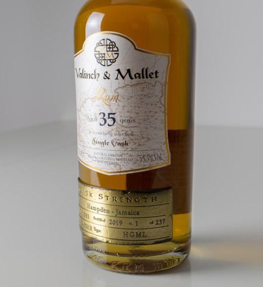 Hampden_35_label_Valinch_&_Mallet_Single_Cask_Rum.jpg